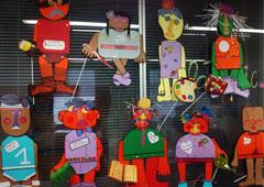 http://cdn.mcu.es/wp-content/uploads/2012/09/destacado-talleres-titerescena.jpg