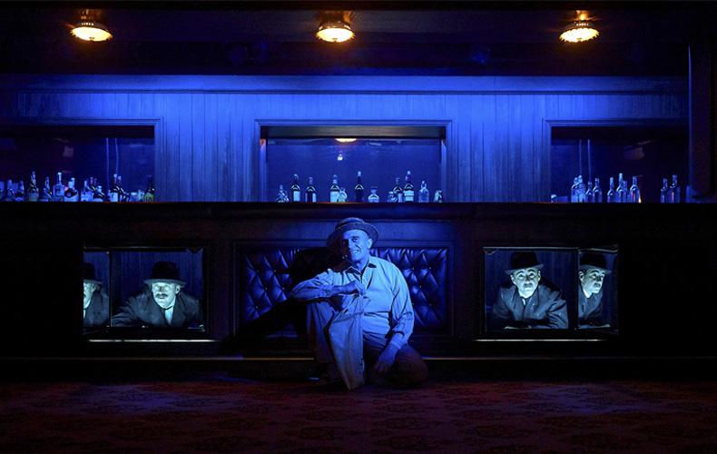 "Foto final de ""Un bar bajo la arena"""