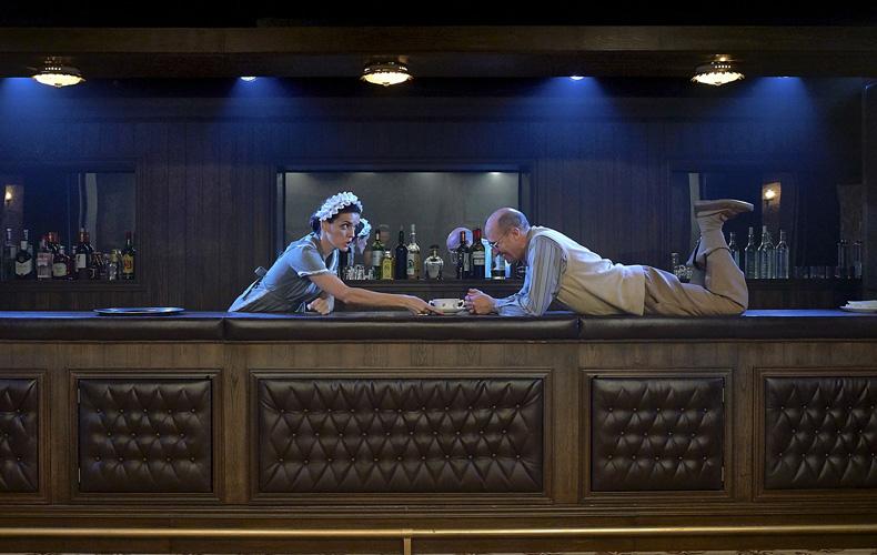 """Foto de """"Un bar bajo la arena"""""""